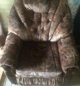 Кресло-кровать 2 шт и диван 180см