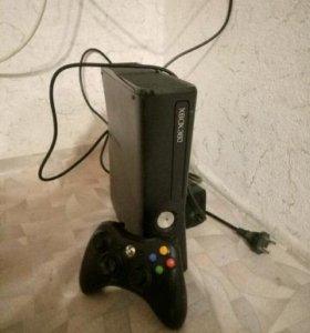 хбох360 500гб +20игр 2 геймпада