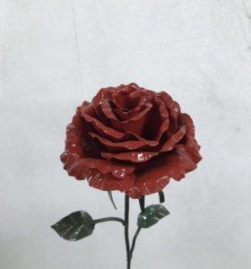 Розы из металла