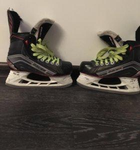 Коньки хоккейные Bauer X600