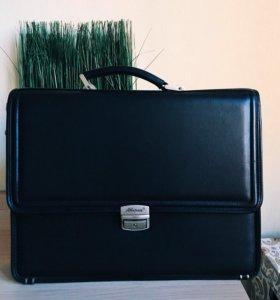 Дипломат кейс портфель натуральная кожа