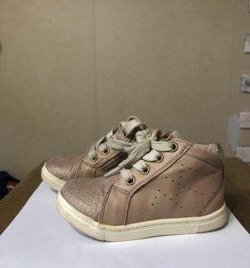 Кеды/ ботинки для девочки 22 р-р