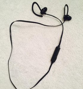 Беспроводные Bluetooth-наушники