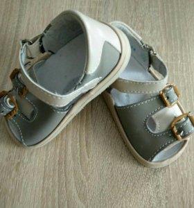 Новые регулируемые сандали, 12 см