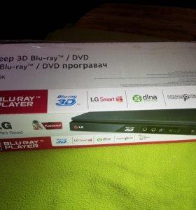 Blu-ray плеер LG bp430k с 3D,Karaoke, smart tv