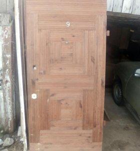 Дверь металлическую