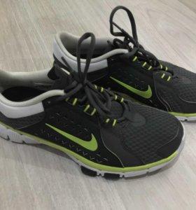 Кроссовки Nike adidas мужские 41 размер