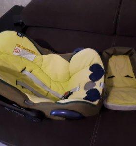 Детское автомобильное кресло 0+