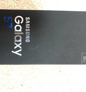 Коробка от Samsung Galaxy s7