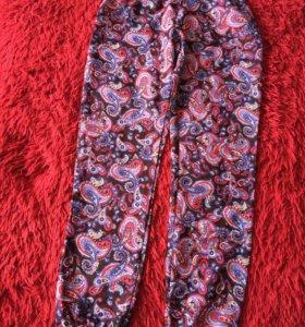 Летние брюки Terranova