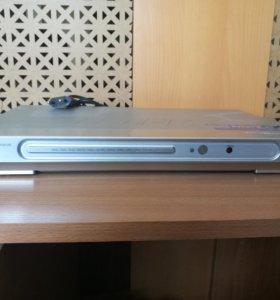 DVD-плеер BBK DV 313S караоке