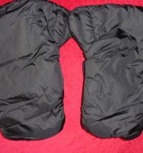 Муфта-перчатки для детской коляски, или санок