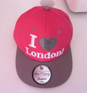 новая кепка на женщину или девочку из Лондона