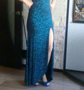 Шикарное платье для любых торжеств .