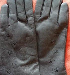 Женские новые кожаные перчатки