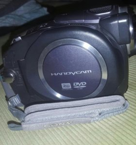 Sony handycam carl zeiss видеокамера