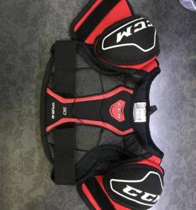 Хоккейная экипировка, защита на грудь