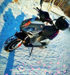 скутер Stels vortex 50
