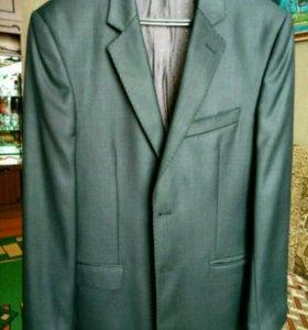 Стильный мужской костюм.р.46-48