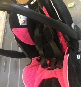 Автомобильное кресло Recaro, новое