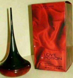 Женская парфюмированная вода Love PotionНовая
