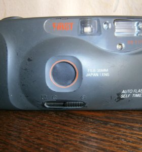 фотоаппарат пленочный FIRST