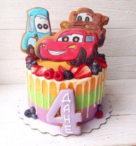 Детские торты, капкейки, эклеры,пряники,зефир