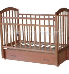 Кроватка с маятником и выдвижным ящиком