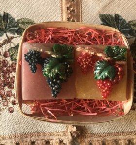 Мыло ручной работы «Спелый виноград»