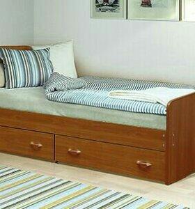 Новая кровать с яшиками