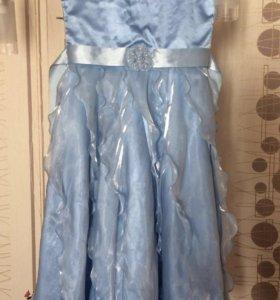 Продам платье на выпускной в сад