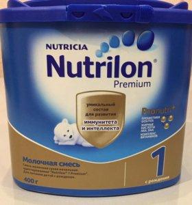 Детская смесь Nutrilon Premium 1