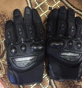 Перчатки для мотоспорта