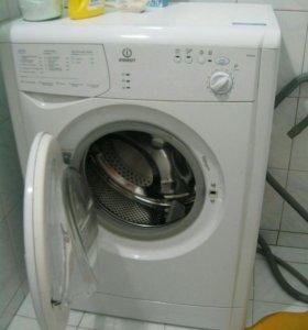 Стиральная машина автомат indesit