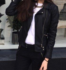 куртка Zara(в идеальном состоянии)