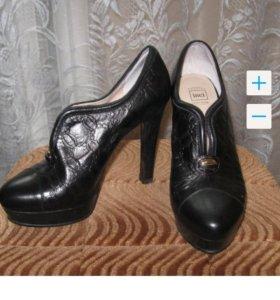 Продам новые туфли из натуральной кожи