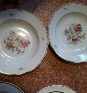 2 тарелки Дулево , есть чешские