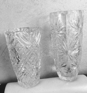 Хрустальные вазы 20 и 25 см высотой