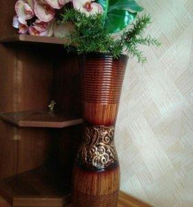Напольная ваза в египетском стиле