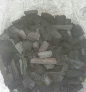 Уголь для мангала , березовый 75р-3кг