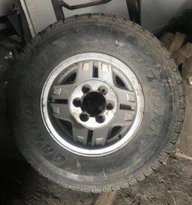 Продам запасное колесо 265/70 R15