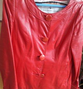 Продам куртку женскую кожаную