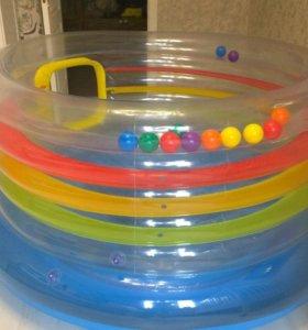 Детский батут внутри шарики
