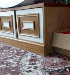 телевизор, тумбочки шкаф пенал