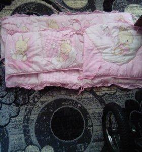Бортики для девочки в кроватку)