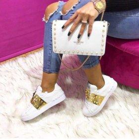 Кеды и сумка Valentino