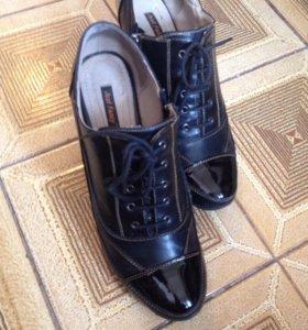 Женские ботинки (ботельоны)