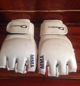 Перчатки Demix MMA