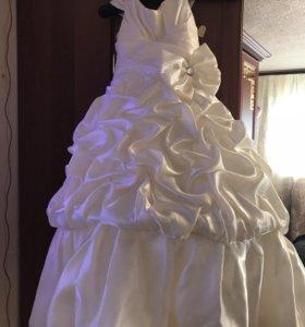 Детское,выпускное платье.