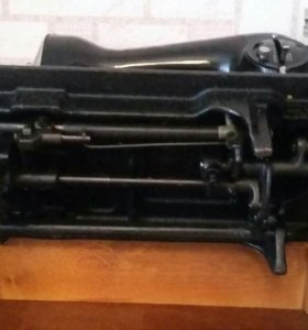 Швейная машинка Подольск 2М